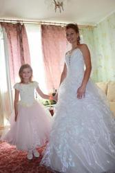 Продам свадебное платье,  белое,  корсет
