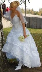 Свадебное платье эксклюзивного покроя